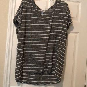 Old Navy XXL Tall Striped T-Shirt